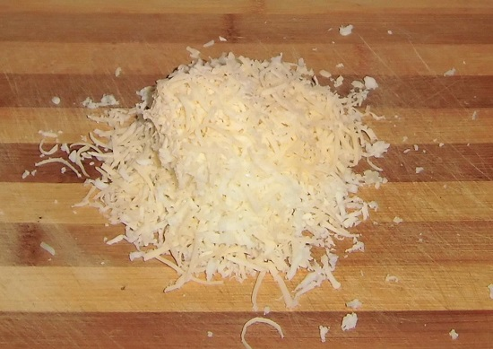 Сыр твердого сорта натрем