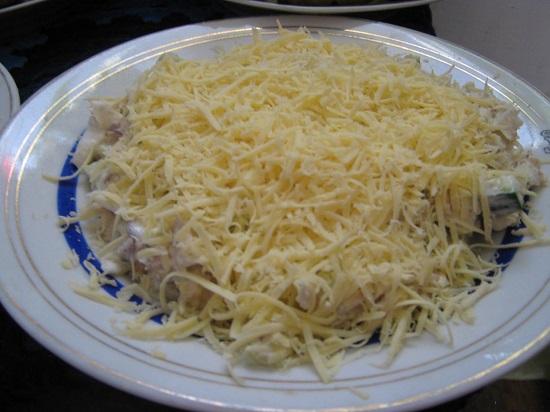 салат из китайской капусты с огурцами