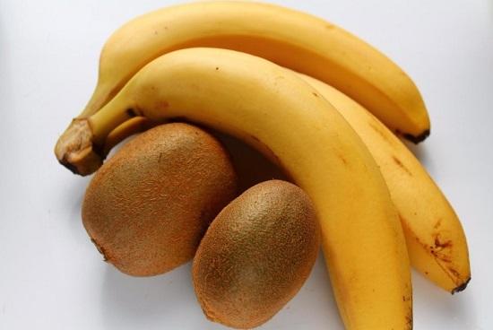 Возьмем спелые фрукты