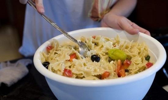 Классический итальянский салат имеет несколько вариантов