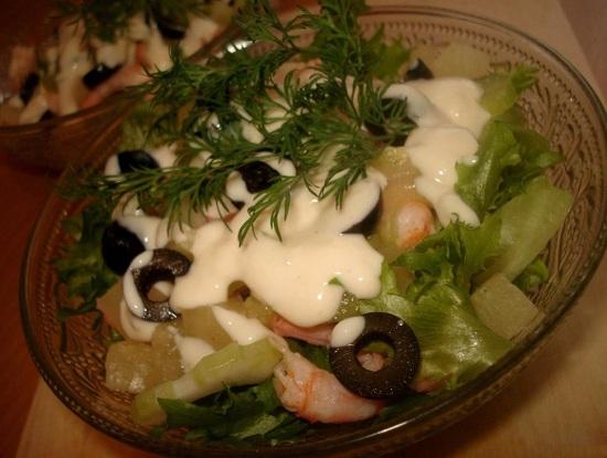 вкусный салат с ананасами консервированными