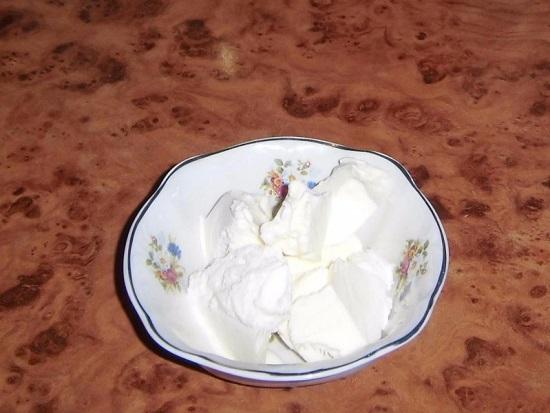 Для приготовления смузи нам понадобится сливочное мороженое