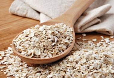 Скраб для кишечника из овсянки: как использовать для похудения?