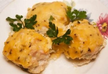 Куриные шарики в сливочном соусе: рецепты