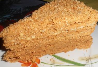 Торт с вареной сгущенкой: бисквитный, вафельный, медовый