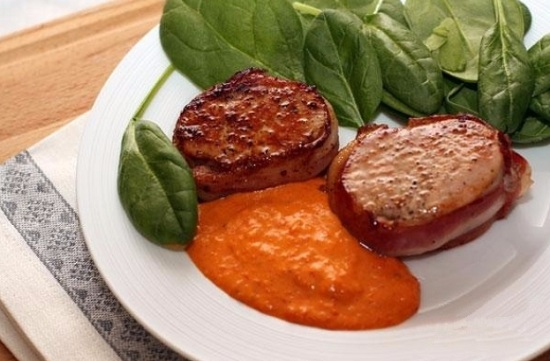 Свинина в сливочном соусе в духовке и на сковороде: рецепты