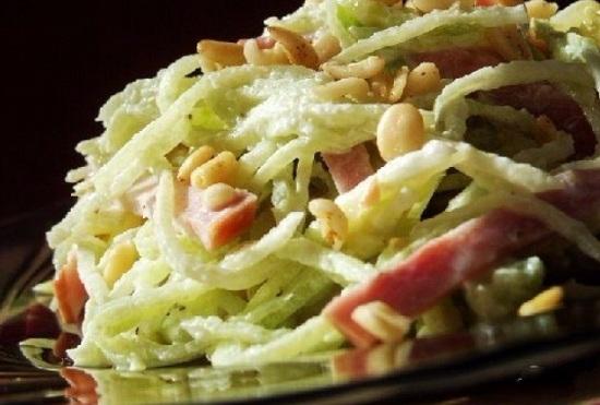 Салат с зелёной редькой: простые рецепты
