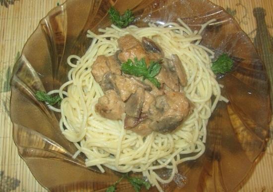 Свинина в сливочном соусе: рецепт с фото