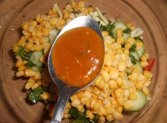 Приправляем салат