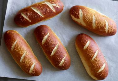 Булочки для хот-догов: рецепты