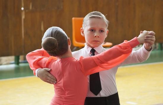 Пучок для бальных танцев