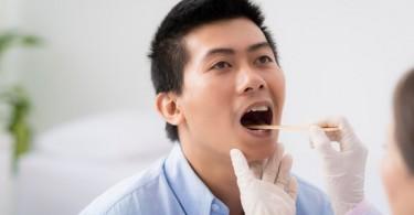 Чем лечить красное горло у взрослого, ребенка?
