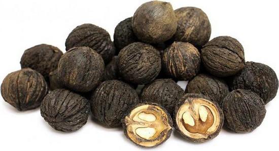 Черный орех: полезные свойства и противопоказания