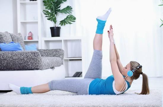 Заниматься спортом или нет во время менструального кровотечения