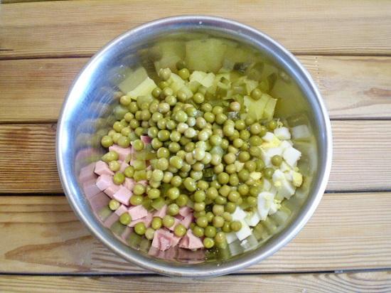 сольем сок и выложим его к овощам