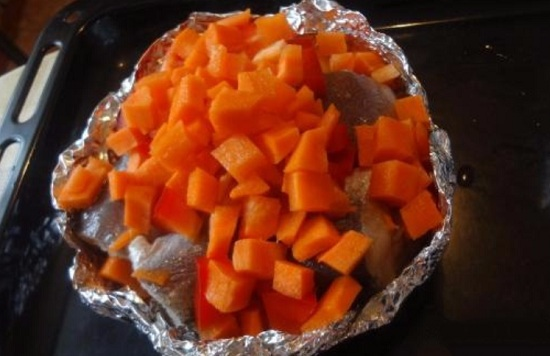 Следующий слой – морковные корнеплоды
