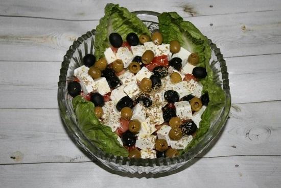«Греческий» салат с фетаксой