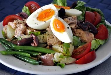 Салат «Нисуаз»: классический рецепт